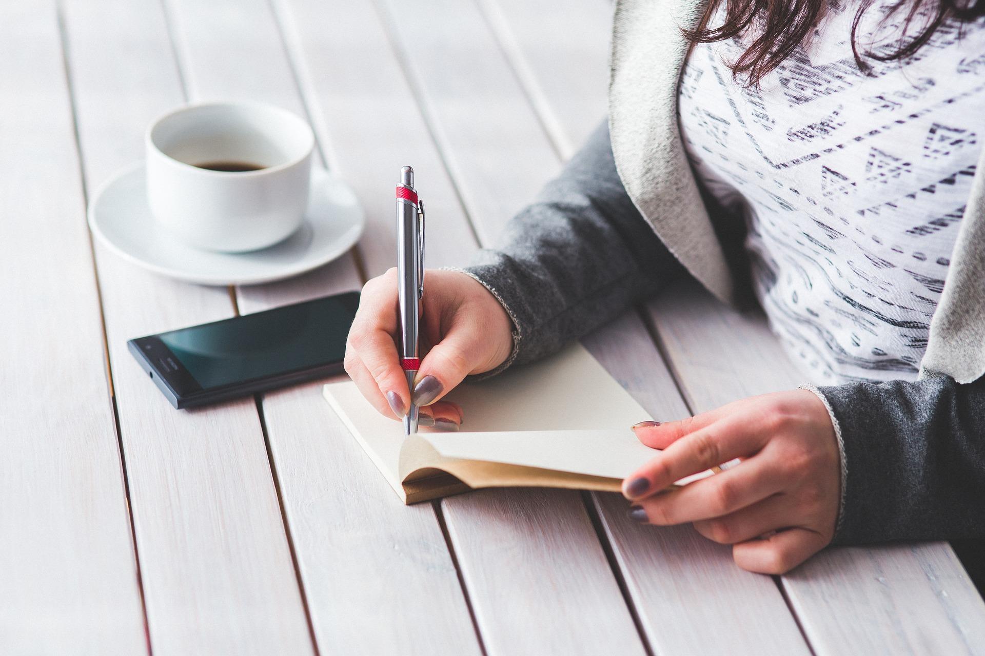 tenir un journal et écrire une habitude quotidienne